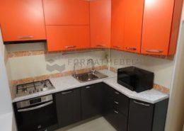 Современная ярко-оранжевая кухня