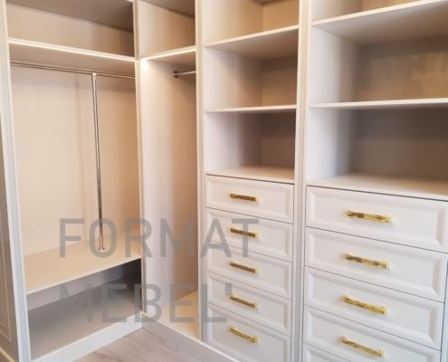 ящики в гардеробной