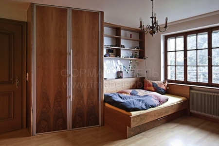 Двери складные, с механизмом Raumplus 300